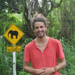 Manu Da Banda- Hey, the elephant! -Chiang-Mai-Thailand